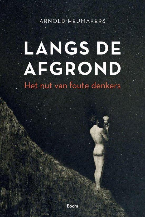 Boek cover Langs de afgrond van Arnold Heumakers (Onbekend)