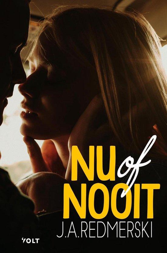 Boek cover Nu of nooit van J.A. Redmerski (Onbekend)