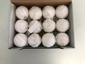 kerstballen wit. 12 stuks