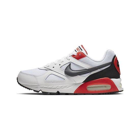 Nike Air Max Ivo Maat 42