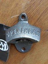 Flesopener - Gietijzer - Bieropener - Muuropener - Opener - Open Here