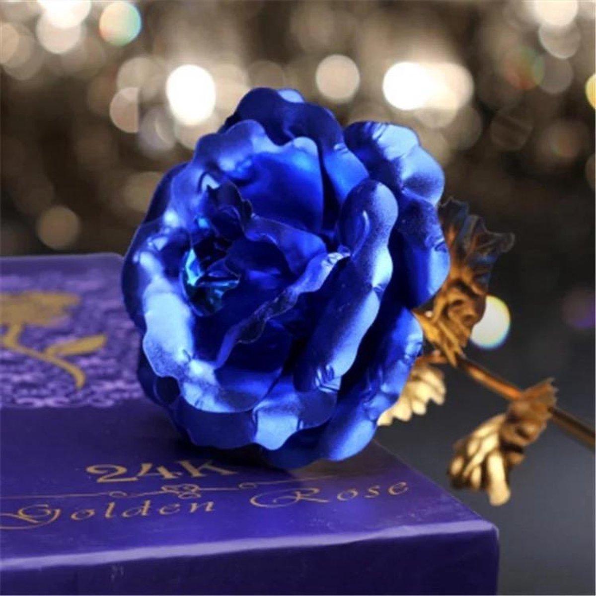 Galaxy Rose met standaard - Rozen - Bloemen - Cadeau - Gift - Valentijn - Moederdag - Liefde - Relatie - Huwelijk - Bruiloft - Verjaardag kopen