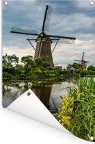 Landschap bij de Molens van Kinderdijk in het Europese Nederland Tuinposter 60x90 cm - Tuindoek / Buitencanvas / Schilderijen voor buiten (tuin decoratie)