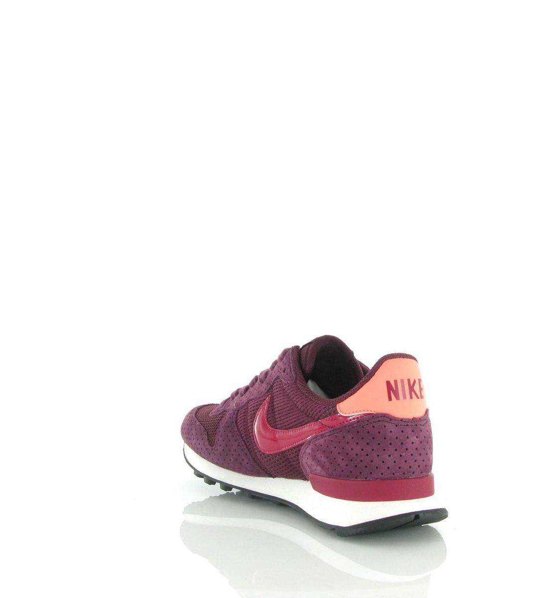 | Nike W INTERNATIONALIST SE Rood