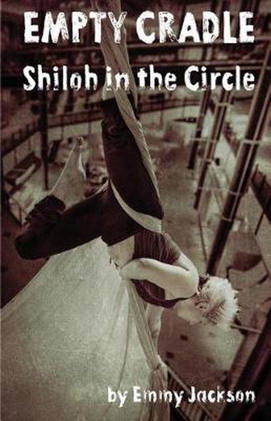 Boek cover Empty Cradle van Emmy Jackson (Paperback)