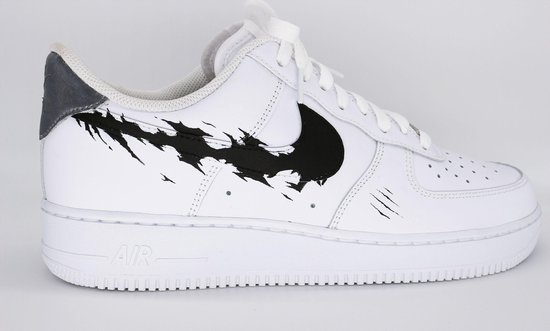 Custom Air Force 1 Shark