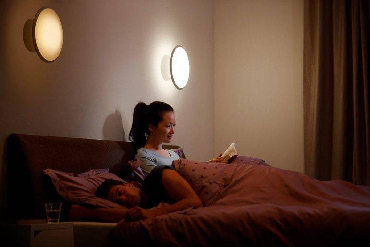 Philips Hue Phoenix wandlamp warm tot koelwit licht