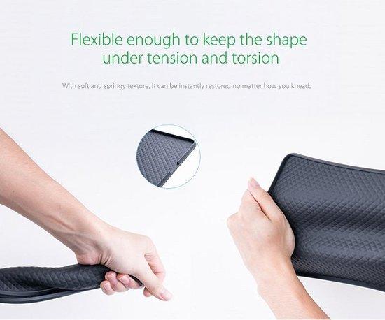 Orico - Zwarte antislipmat voor in de auto – Gemaakt van siliconen – afwasbaar – voor smartphone, tablet, parkeerkaart et cetera. - 145 x 220 x 3mm (LxBxH)