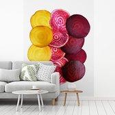 Fotobehang vinyl - Plakken van bieten in verschillende kleuren breedte 375 cm x hoogte 500 cm - Foto print op behang (in 7 formaten beschikbaar)