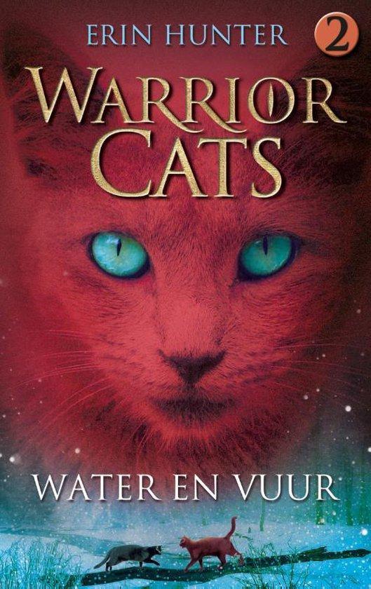 Warrior cats 2: water en vuur - E. Hunter |