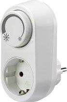 Basetech 1529336 Dimadapter Geschikt voor lampen: Gloeilamp, Halogeenlamp, LED-lamp Wit