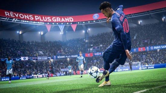 FIFA 19 - Champions Edition - Xbox One: Bij een gebruikt exemplaar heeft u enkel de basis game - Electronic Arts