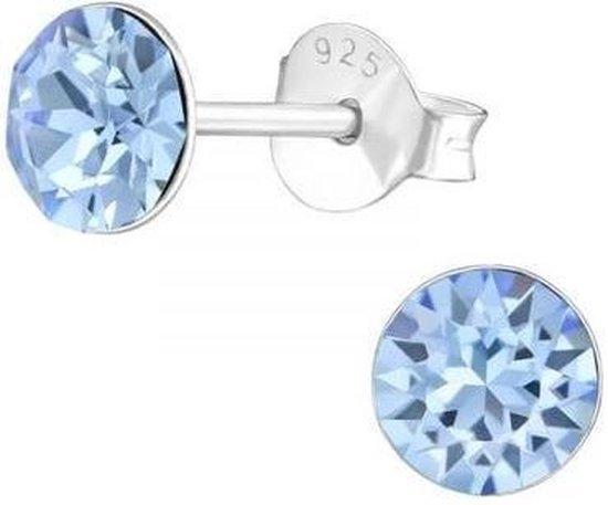 Zilveren oorknop, Aquamarine Swarovski kristal (6MM)