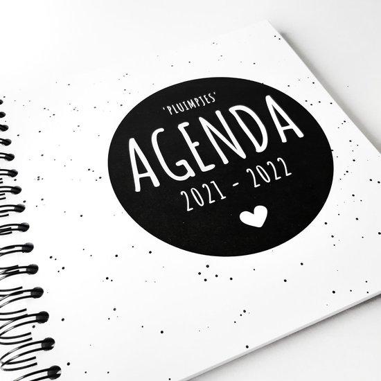Afbeelding van Pluimpjes (school)agenda schooljaar 2021/2022   vierkant  START AUGUSTUS