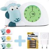 Zazu Sam Blauw Slaaptrainer Kinderen met 4 AA Batterijen en All Smiles Adapter | Kinderwekker | Nachtlampje Kinderen| Slaap Schaap