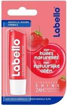 Labello Strawberry (aardbei)