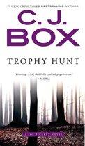 Omslag Trophy Hunt