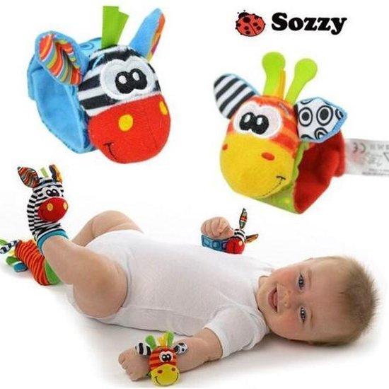 Baby rammelaar   Baby rammelaar sokjes en rammelaar armbanden 4-delig rammelaar set