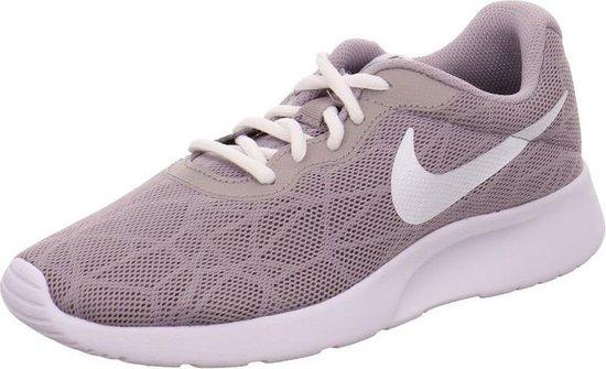 Nike Tanjun maat 38.5 | Dames & heren | Sneakerbaron NL