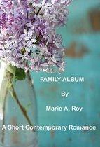 Boek cover Family Album van Marie Roy