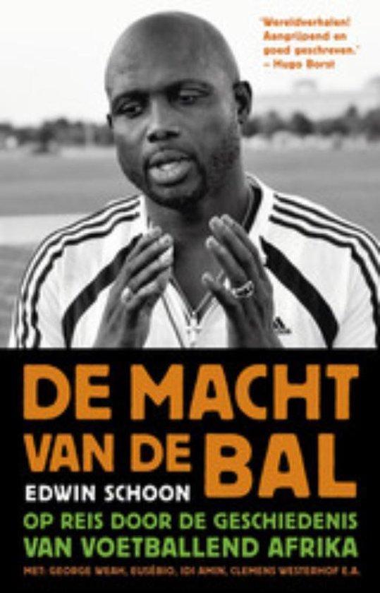 Cover van het boek 'De macht van de bal' van Edwin Schoon