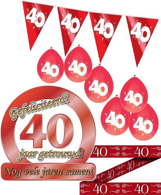 40 jaar getrouwd S - Jubileum pakket feestversiering - feestartikelen robijnen bruiloft - 4 delig