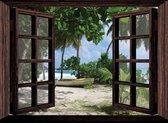 Tuindoek doorkijk door openslaand venster naar een tropisch eiland - 200x150 cm - tuinposter - tuinposter doorkijkje – Doorkijk tuinposter - tuinposter doorkijk xxl – Tuinposter buiten met een zee, strand en palmbomen - Extra groot