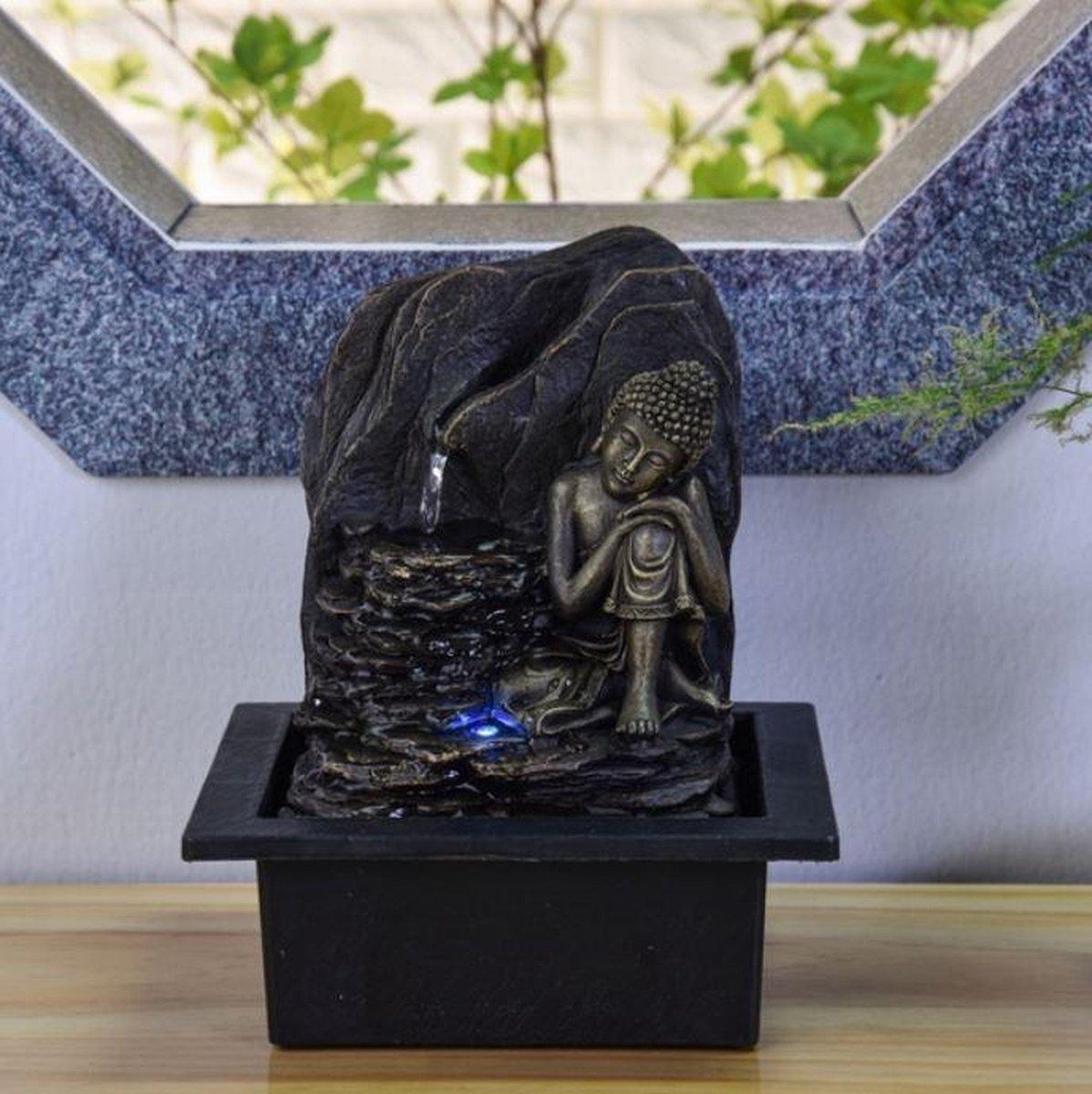 Boeddha Saoun - fontein -interieur - fontein voor binnen - relaxeer - zen - waterornament - cadeau - geschenk - relatiegeschenk - origineel - lente - zomer - lentecollectie - zomercollectie - afkoeling - koelte