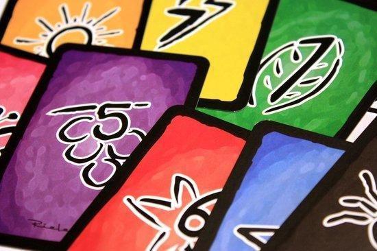 Thumbnail van een extra afbeelding van het spel Sshh Maak papa niet wakker + Kumbu Kaartspel - Dubbel zo leuk & spannend - partyspel - gezelschapsspel - educatief spel - Verbetert het geheugen & rekenvaardigheid - vd makers v Speelgoed vh jaar 2018 -spellen kinderen - Shhh Maak papa niet wakker