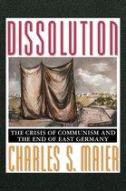 Boek cover Dissolution van Professor Charles S. Maier