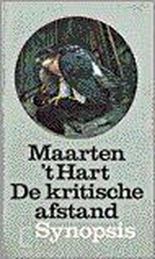 De kritische afstand - Maarten 't Hart |