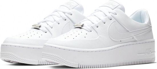 bol.com | Nike Air Force 1 Sage Low Sneaker Dames Sneakers ...