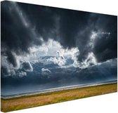 Onweerswolken Canvas 120x80 cm - Foto print op Canvas schilderij (Wanddecoratie woonkamer / slaapkamer)