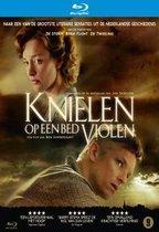 Knielen Op Een Bed Violen (Blu-ray)