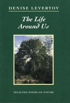Omslag The Life Around Us: Selected Poems on Nature