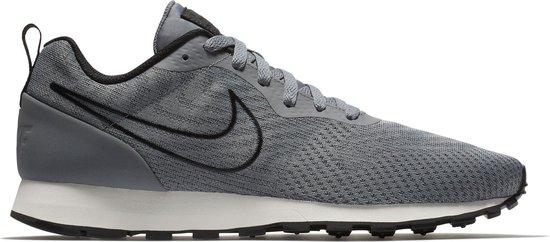 Nike MD Runner 2 ENG Mesh Sportschoenen Maat 43 Mannen grijszwartwit