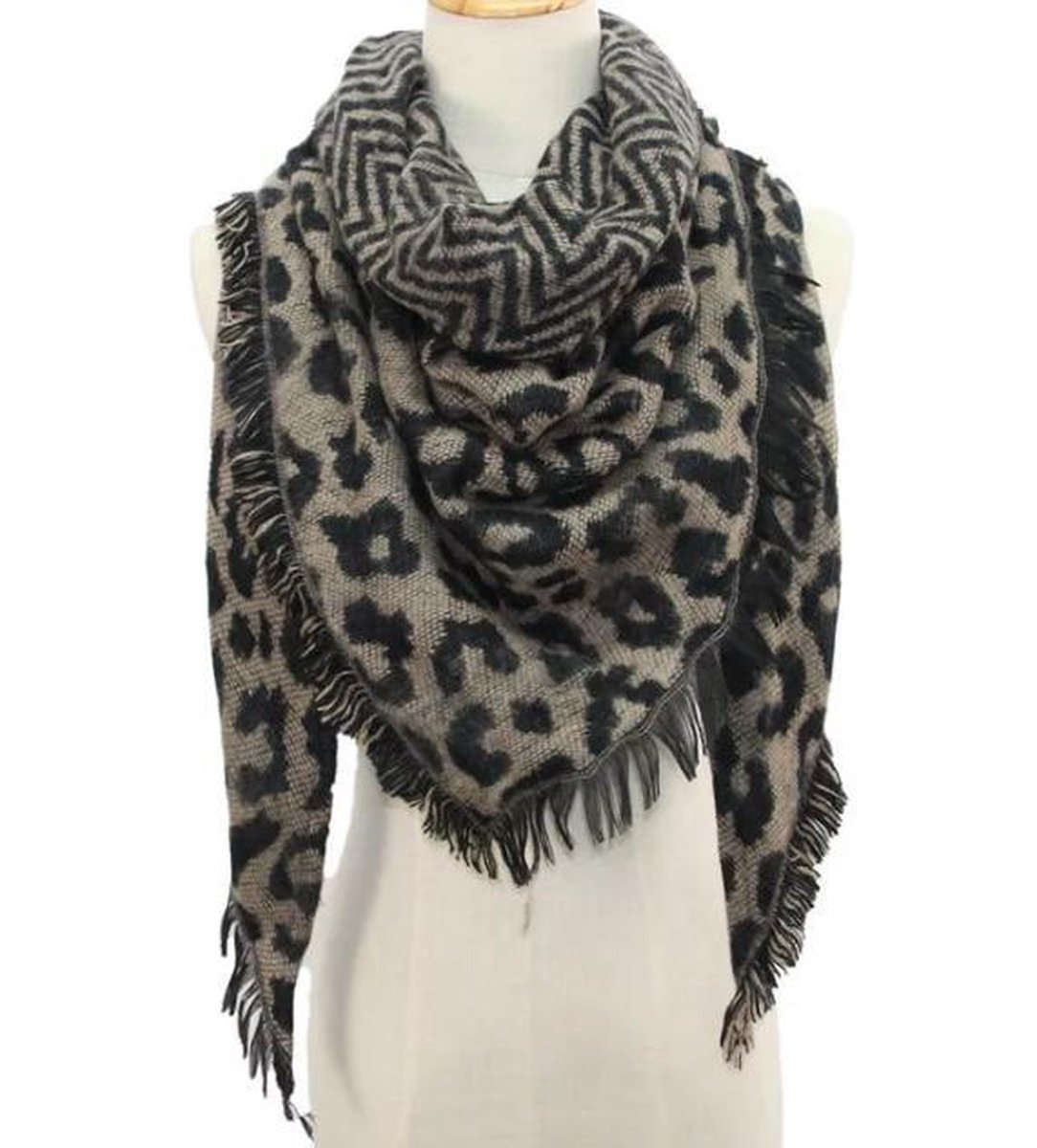 Warme winter luipaard print driehoekige dames sjaal camel zwart acryl circa 140 x 190 cm - Merkloos