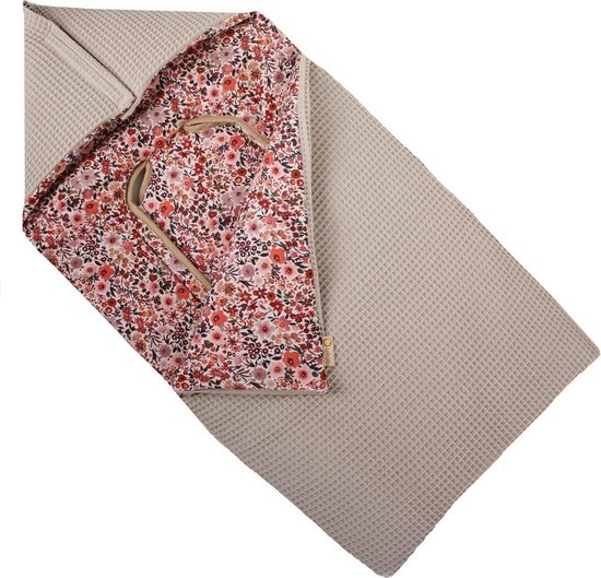 Product: Ukje Voetenzak Maxi Cosi - Universeel - Superzacht katoen - Taupe bloemen, van het merk Ukje