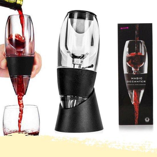 Lynnz® Luxe wijn decanteerder + zeef en standaard | wijn decanter - wijndecanteerder - wijn beluchter - cadeau - wijn accessoires - geschenkset - decanteer karaf