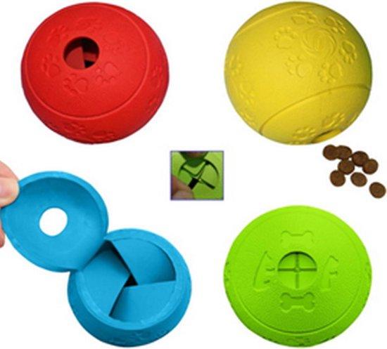 Een bal waar onder het spelen een beloning uit komt in de kleur oranje.