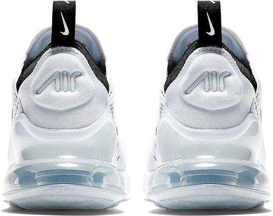 bol.com | Nike Air Max 270 Sneakers - Maat 39 - Vrouwen - zwart
