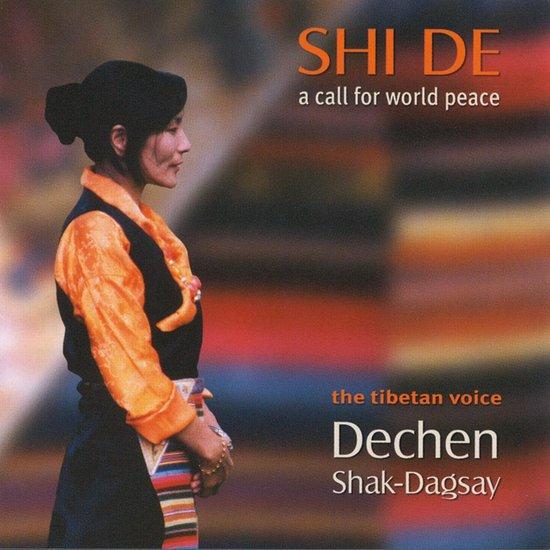 Shi De. A Call For World Peace