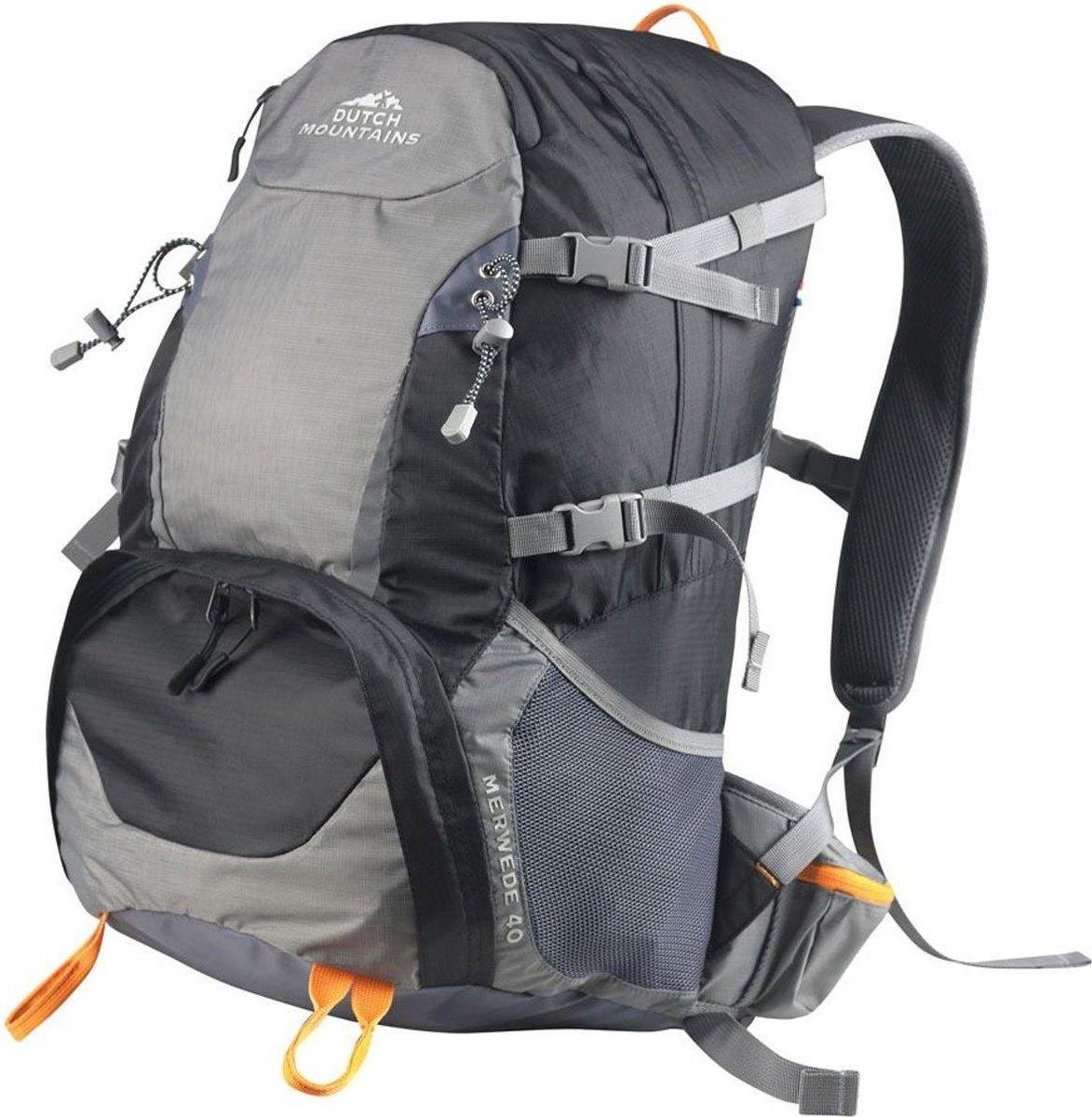 Dutch Mountains® 'Merwede' Backpack - Wandel Rugzak - Inclusief Regenhoes - 40 Liter - Zwart