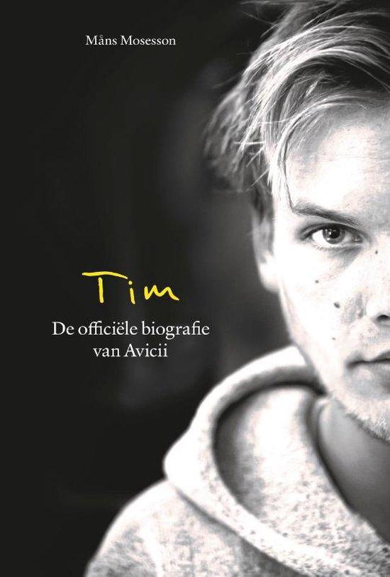 Boek cover Tim - De officiële biografie van Avicii van Måns Mosesson (Paperback)