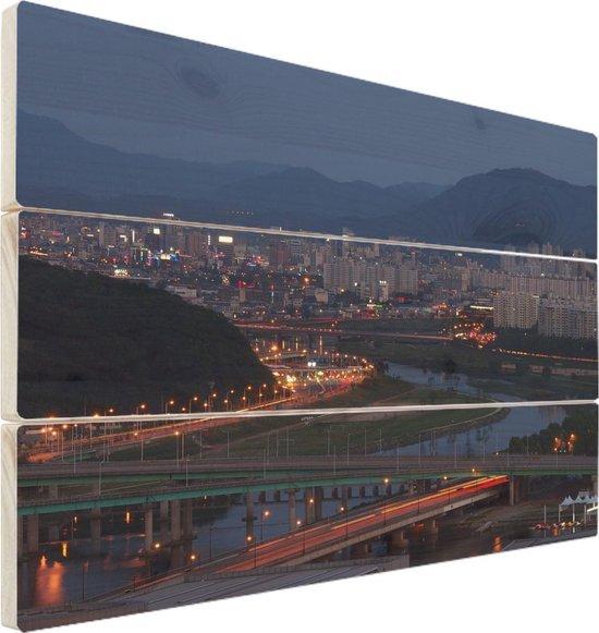 Daejeon op hout - 40x30 - Stadsgezicht van het Zuid-Koreaanse Daejeon Vurenhout met planken - foto/schilderij op hout