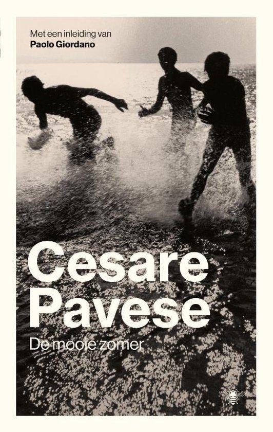 Boek cover De mooie zomer van Cesare Pavese (Paperback)