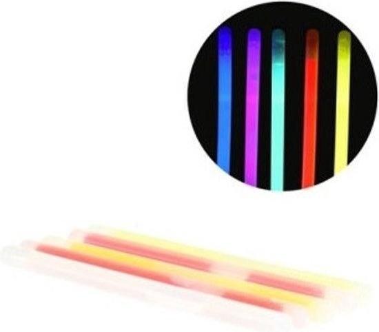 5x Gekleurde glow in the dark duikstaafjes 15 cm / opduik zwembad speelgoed - duikspeeltjes