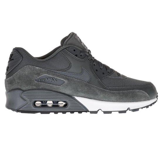bol.com | Nike Air Max 90 Essential Sneakers - Maat 45 ...