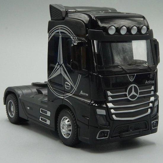 Mercedes Actros - Vrachtwagen Speelgoed - Mercedes loopauto - Geluid En Licht - Speelgoed jongens - Mercedes accessoires - Zwart - 12 CM - Cadeau voor Man - Inc. Batterij