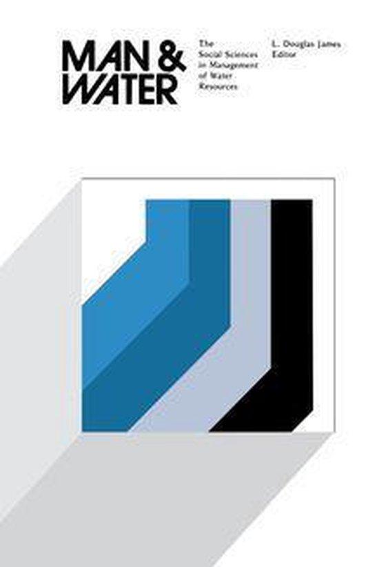 Boek cover Man and Water van  (Onbekend)